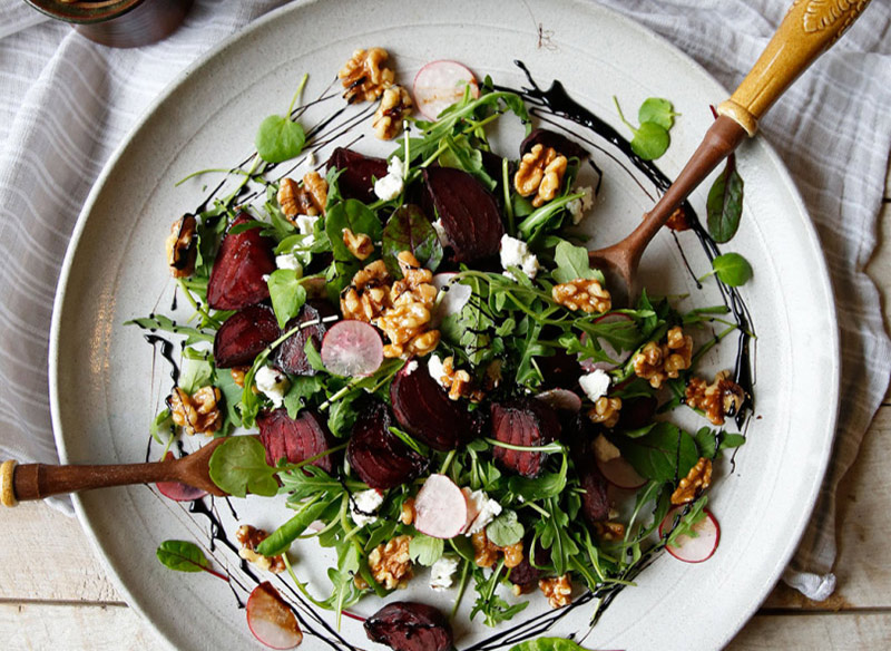 ROASTED BEETROOT AND CANDIED WALNUT SALAD