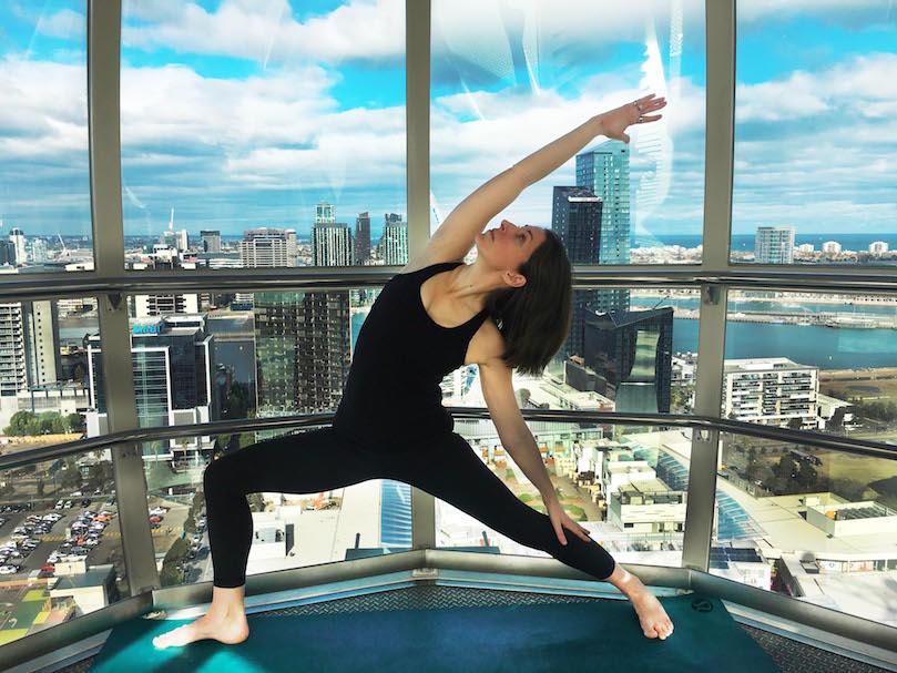 Melbourne-Star-Observation-Wheel-Yoga