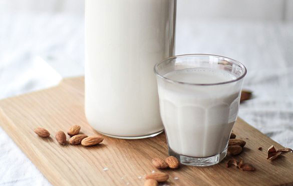 Milk or Mylk? The Pros and Cons of Dairy and Plant Based.