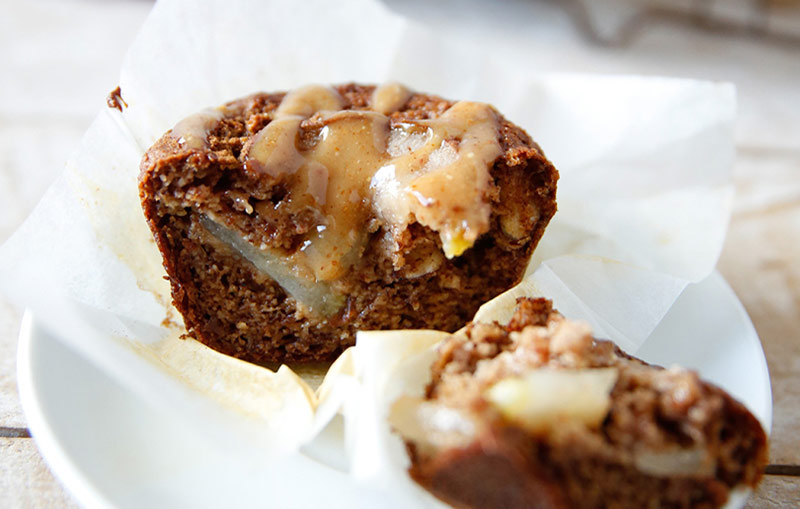 PEAR AND CINNAMON MUFFIN