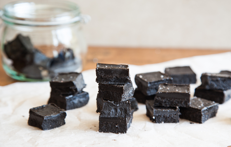 Salted​ ​Black​ ​Tahini​ ​Fudge
