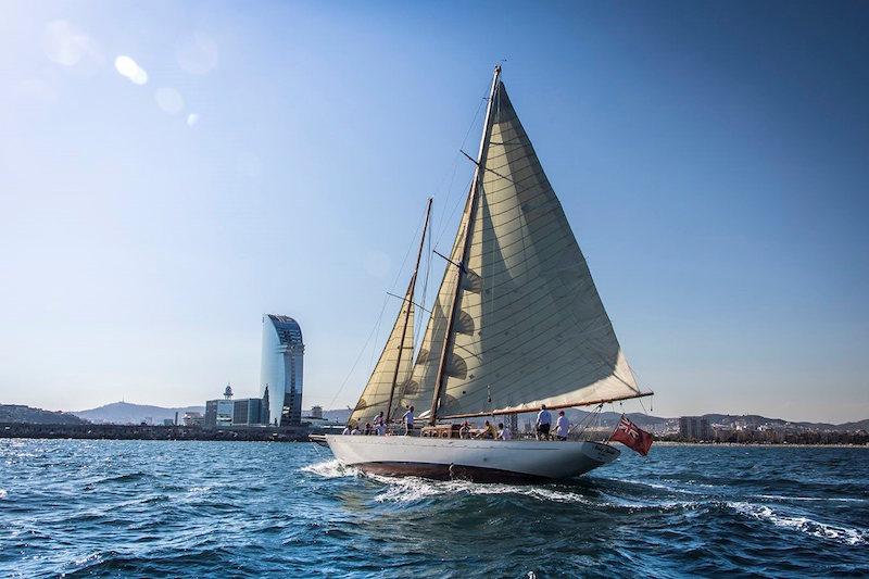 We-Barcelona-Luxury-Sailing