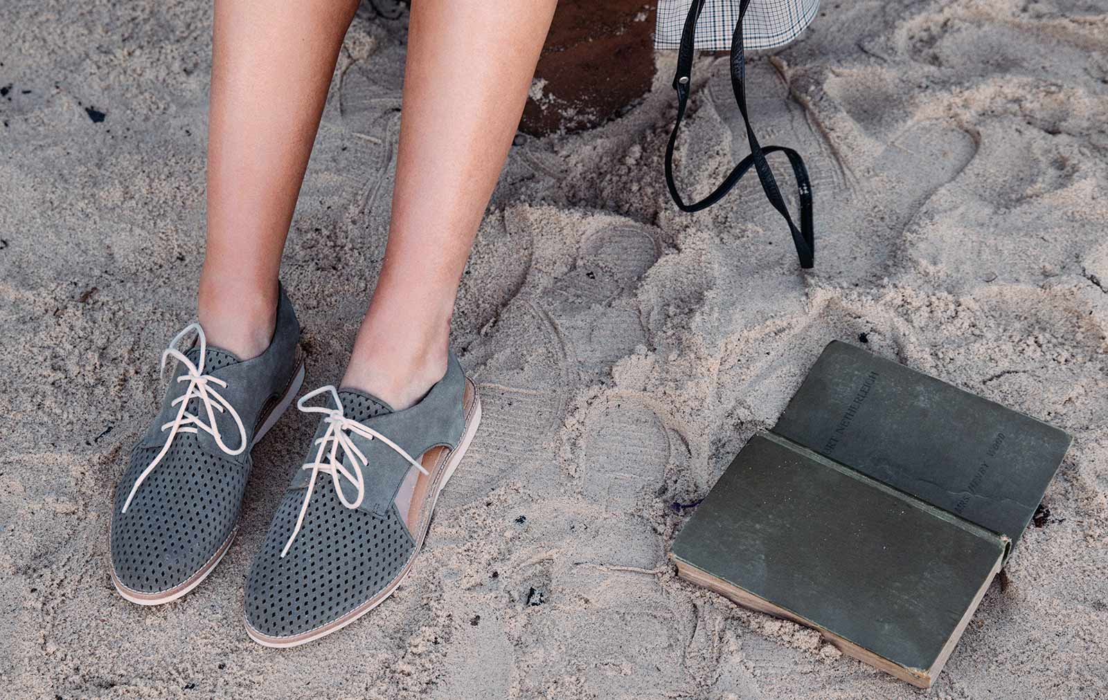 The-Perfect-Travel-Shoe