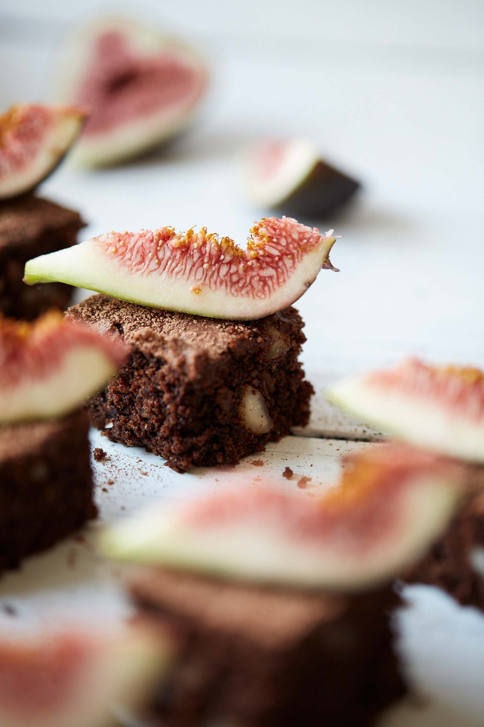 Chocolate-macadamia-brownies