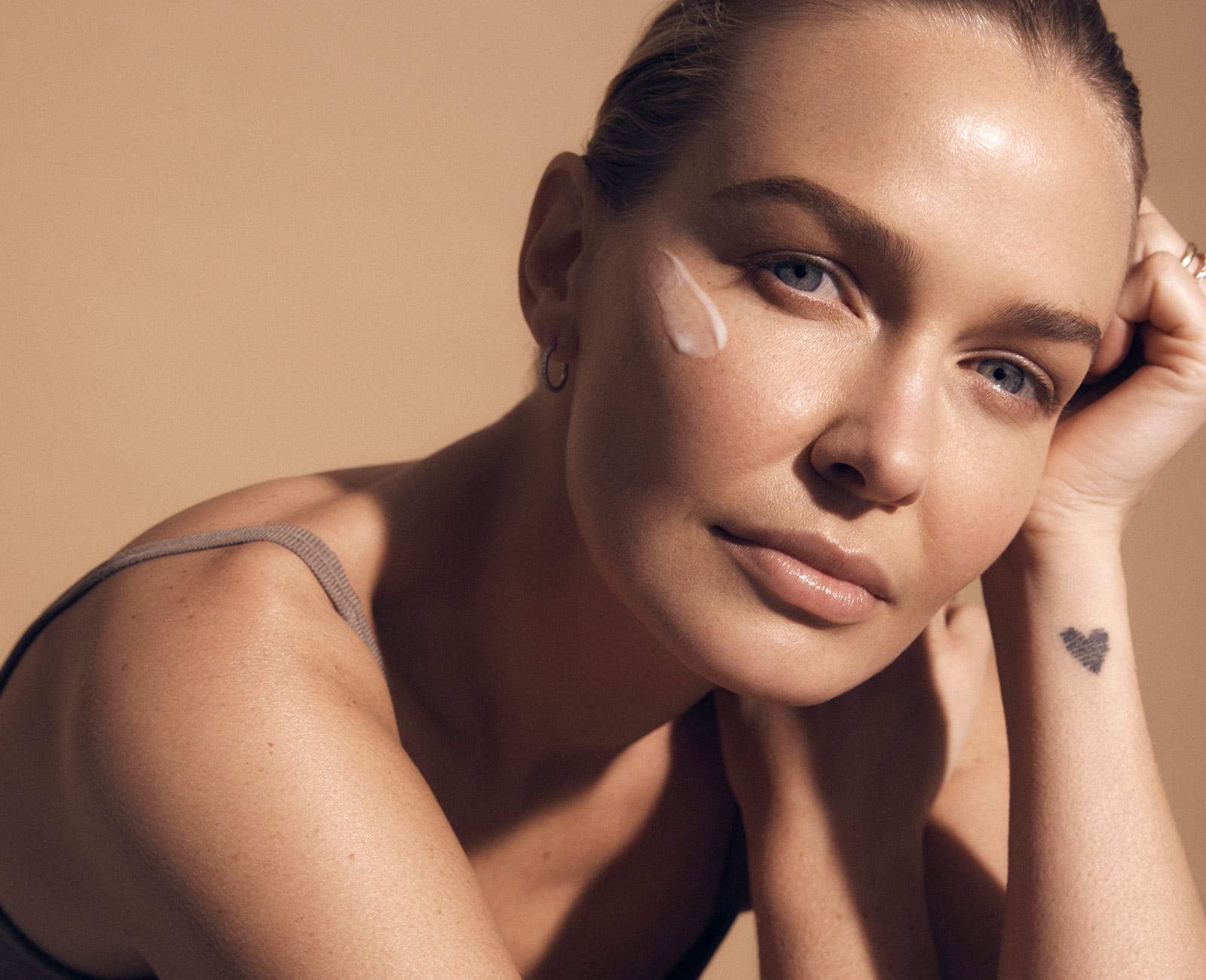 Lara-Worthington-Swisse-Beauty-6